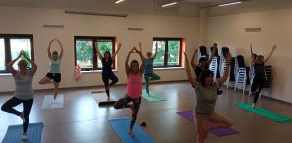 Zajęcia z jogi w bibliotece